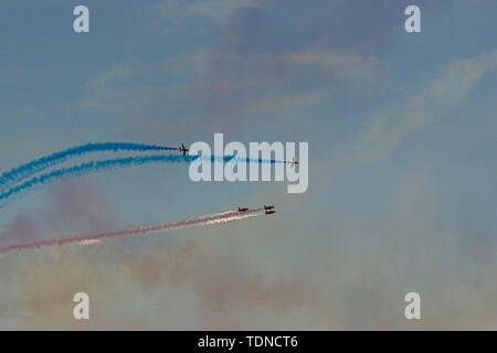 Red Arrows Roll Back - Stock Image