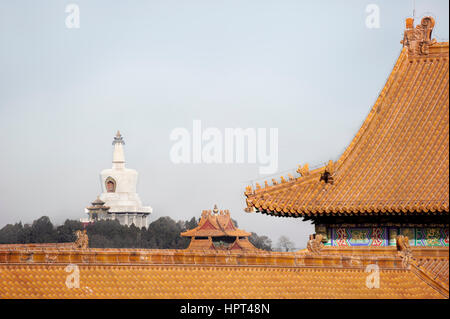 White Dagoba of Beihai Park as seen from within the Forbidden City, Beijing - Stock Image
