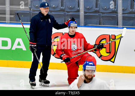 Bratislava, Slovakia. 19th May, 2019. Czech goalkeepers coach Zdenek Orct, left, and forward Filip Chytil attend a training session of the Czech national team prior to today's match against Austria at the 2019 IIHF World Championship in Bratislava, Slovakia, on May 19, 2019. Credit: Vit Simanek/CTK Photo/Alamy Live News - Stock Image