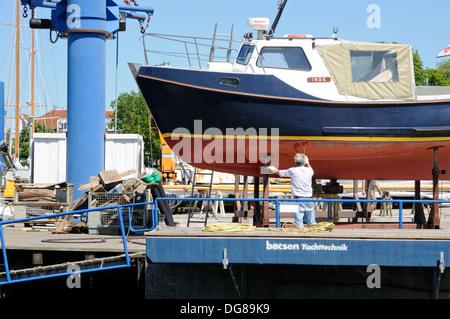 Schiffswerft in Laboe, Schleswig-Holstein, Deutschland, Europa.   Shipyard in Laboe, Schleswig-Holstein, Germany, Europe. - Stock Image