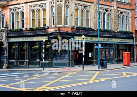 The Griffin Pub, Boar Lane, Leeds, England - Stock Image