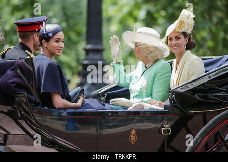 London, UK. 08th June, 2019. HRH Prince Harry, Duke of Sussex, HRH Meghan, Duchess of Sussex, HRH Catherine, Duchess of Cambridge, HRH Camilla, Duchess of Cornwall, share an open top carriage along The Mall. Trooping the Colour, The Queen's Birthday Parade, London UK Credit: amanda rose/Alamy Live News Credit: amanda rose/Alamy Live News - Stock Image
