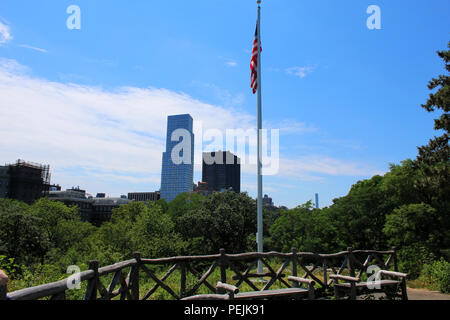South facing view from Fort Clinton in Northern Central Park, Manhattan on JULY 4th, 2017 in New York, USA. (Photo by - Stock Image