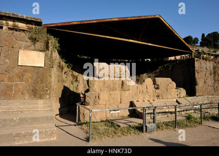 italy, rome, roman forum, temple of the deified julius caesar (ara di cesare) - Stock Image