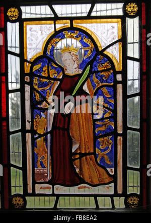 17th Century Stained Glass depicting St Katherine of Alexandria, St Luke's Church, Tixover, Rutland - Stock Image