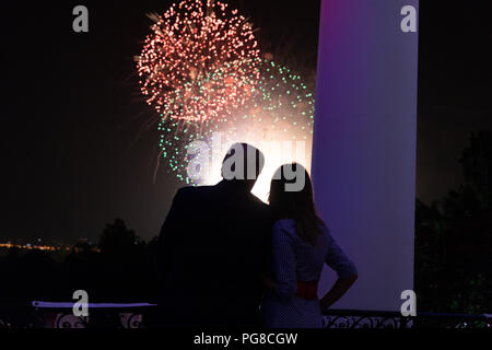 President Donald J. Trump and First Lady Melania Trump watch Fourth of July fireworks at the White House | July 4, 2018 Fourth of July at the White House - Stock Image