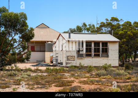 The derelict school at Cook, South Australia, a former railway town on the Nullarbor Plain that was largely abandoned in 1997. - Stock Image