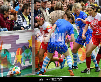 Prague, Czech Republic. 29th May, 2019. The Women's football Global Goals World Cup Prague (GGWcup) took place at Wenceslas Square, Prague, Czech Republic, on Wednesday, May 29, 2019. Credit: Roman Vondrous/CTK Photo/Alamy Live News - Stock Image