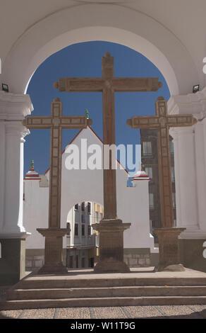 Crosses at the Basílica de Nuestra Señora church in Copacabana, Bolivia - Stock Image
