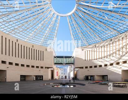 The MART - Museo di arte moderna e contemporanea di Trento e Rovereto modern art museum in northern Italy, designed by Mario Botta; covered plaza - Stock Image