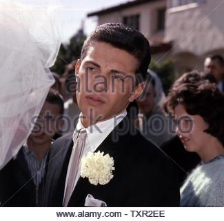 Frankie Avalon and Kay Diebel's wedding day.. Credit: 4243147Globe Photos/MediaPunch - Stock Image