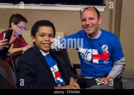 Port Washington, New York, USA. April 11, 2016. JOSH ZWERIN, 12, and his dad JEFF FRIEDMAN, 47, of Rockville Centre, - Stock Image