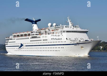 Cruiseship Magellan - Stock Image