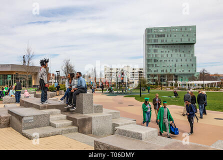 CHARLOTTE, NC, USA-3/16/19: A busy 1st Ward Park on a sunny spring day. - Stock Image