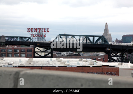 View of a subway train bridge in the Gowanus section of Brooklyn from the Gowanus Expressway - Stock Image