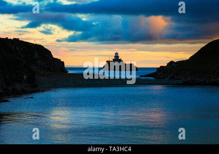 Rotten Island lighthouse, built to light the passage from St. John's Point to Killybegs Harbour, Donegal Bay, Ireland. - Stock Image