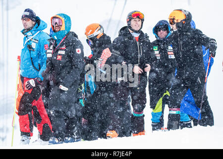 08 December 2018 Val d'Isère, France. Alpine Ski Racing Coach's Corner Audi FIS Alpine Ski World Cup 2019 Men's Giant Slalom Criterium Première Neige - Stock Image