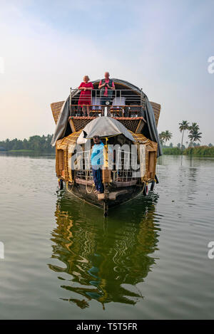 Vertical view of a traditional riceboat in Kerala, India. - Stock Image