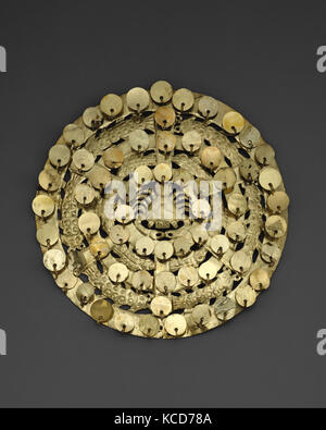 Cutout Disk, Crab and Fish, 2nd–3rd century, Peru, Moche, Gilded copper, Diameter 7-3/8 in. (18.7 cm), Metal-Ornaments - Stock Image