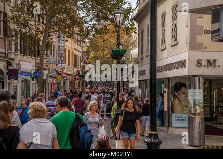 GIBRALTAR / GREAT BRITAIN - OCTOBER 09 2017: PEDESTRIAN STREET - Stock Image