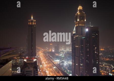 Sheikh Zayed Road at night, Dubai, United Arab Emirates. - Stock Image