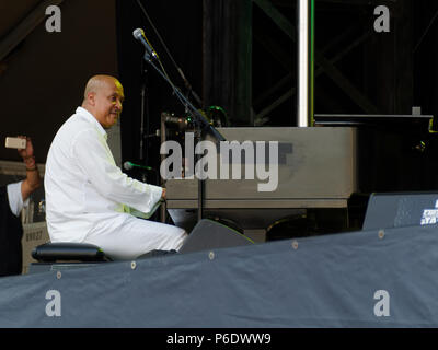 Montreal, Canada. 6/29/2018. Hilaro Duran performs at the Montreal International Jazz Festival. Credit: richard prudhomme/Alamy Live News - Stock Image