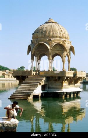 Hindu Temple, Gadi Sagar, Jaisalmer, Rajasthan, India - Stock Image
