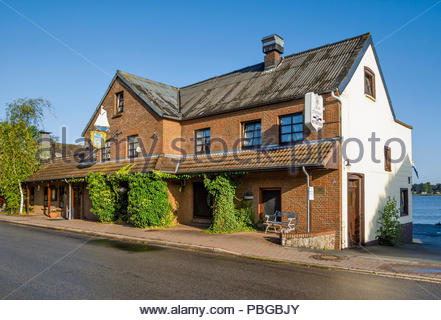 Altes Fährhaus — Old Ferryhouse — restaurant in Fahrdorf near the reconstructed Viking settlement of Haithabu, Germany. - Stock Image