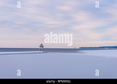 Lighthouse by the icy Lake Superior. Two Harbors, Minnesota, USA. - Stock Image