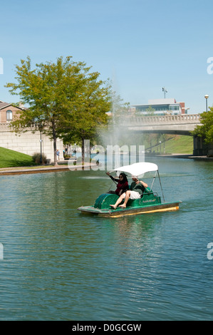 USA, Indiana, Indianapolis, canal in downtown area with paddle boaters - Stock Image