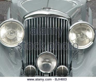 Vintage Rolls Royce silver car - Stock Image
