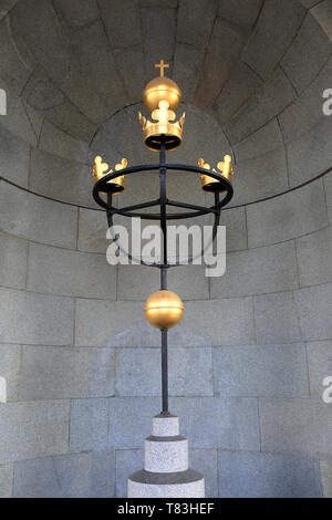 The Three Crowns sculpture outside the Royal Palace, Stockholm City, Sweden, Europe - Stock Image