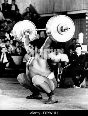 Aug 04, 1971; Moscow, Russia; The strongest man in the world, the Soviet VASILY ALEXEEV stablished the world record during the Spartakiade in Moscow by lifting 180kg. - Stock Image