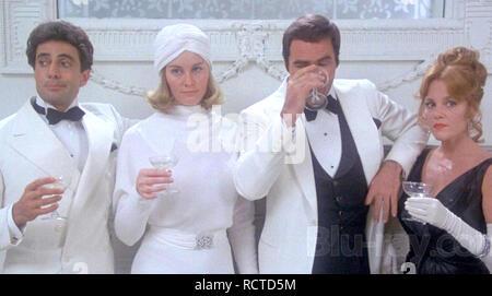 AT LONG LAST LOVE 1975 Twentieth Century Fox film with from left: Duilio Del Prete, Cybill Shepherd,Burt Reynolds, Madeline Khan - Stock Image