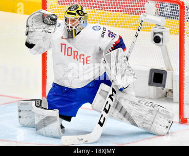 Bratislava, Slovakia. 15th May, 2019. Goaltender Henrik Holm (NOR) in action during the match between Switzerland and Norway within the 2019 IIHF World Championship in Bratislava, Slovakia, on May 15, 2019. Credit: Vit Simanek/CTK Photo/Alamy Live News - Stock Image