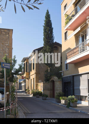 Straying from the main tourist artery Ledra street in Nicosia Cyprus gives sightseers views of interesting buildings and narrow streets - Stock Image