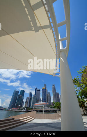 The Theatres on the Bay with the skyline, Singapore SIN - Stock Image