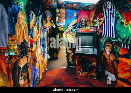 1980s style arcade game called Target Terror in a colourful scenario - Stock Image