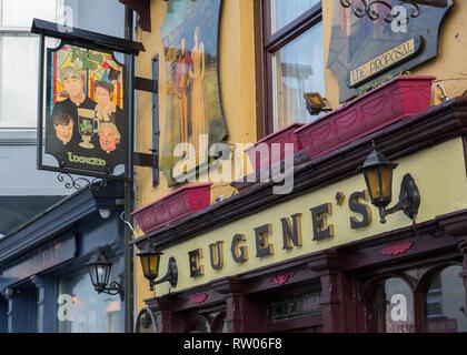 Front of Eugene McNamara's pub in Ennistymon in County Clare in Ireland - Stock Image