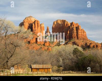 Arizona, Sedona, Crescent Moon Recreation Area, Red Rock Crossing, Cathedral Rock - Stock Image