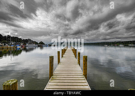 Ambleside, Cumbria, UK. 4th June, 2019. UK Weather. Heavy showers are forecast for ths afternoon, as clouds loom over lake windermere. Credit: Simon Maycock/Alamy Live News - Stock Image