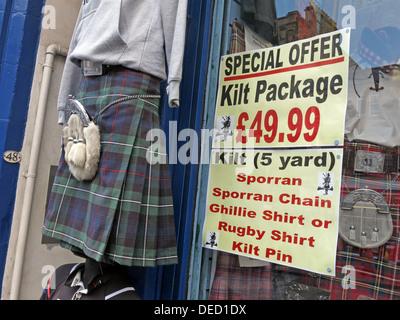 Edinburgh Kilt hire shop. Special tourist offer £49.99 Sporran, Chain, Ghillie Shirt Kilt Pin, Royal Mile - Stock Image