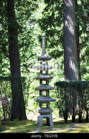 A pagoda statue at Portland Japanese Garden in Portland, Oregon, USA. - Stock Image