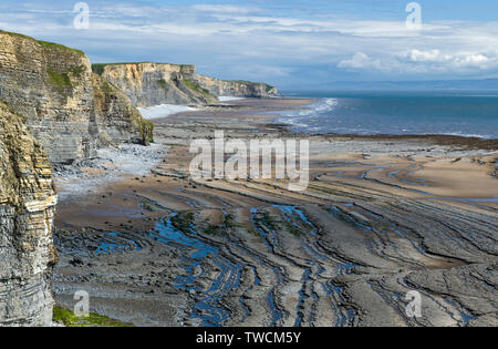 The Glamorgan Heritage Coast in south Wales  - all limestone cliffs and rocks - Stock Image