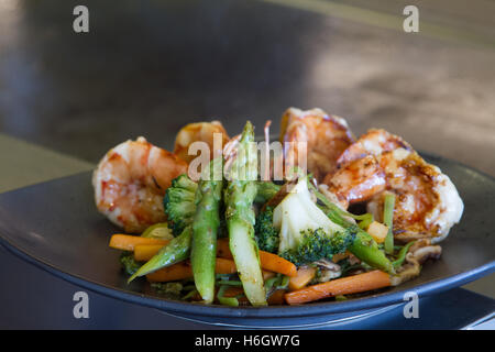 Japanese seafood and vegetable teppanyaki - Stock Image