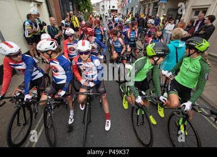The Storey Racing team lining up with WaowDeals Pro Cycling at the start of the 2018 Ovo Women's Tour - Stock Image