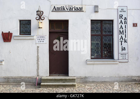 Antikvariaat ( Antiquarian shop ) Väike-Turu 3, Viljandi, Estonia - Stock Image