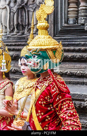 Angkor Wat, Cambodia - 11th January 2018: Dancer in traditional dress and mask. They perform here every day. - Stock Image