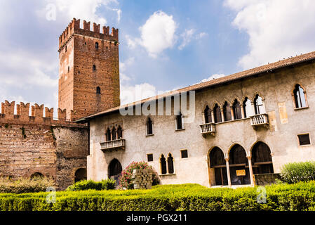 The Castelvecchio tower and grounds in Verona, Italy - Stock Image