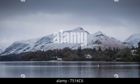 Catbells Fell with a coat of springtime snow, Derwentwater, Lake District, Cumbria, UK. - Stock Image